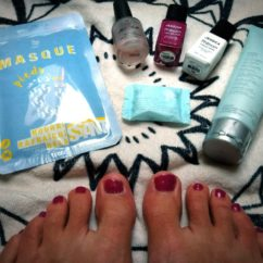 Beauté des pieds avec Bleu Libellule